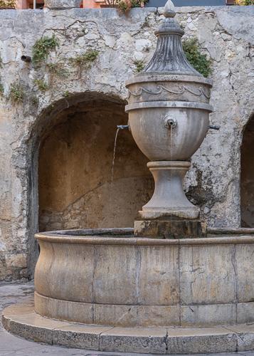 Saint Paul de Vence fountain